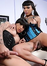 Naughty tgirls Adriana & Kelly get down and dirty